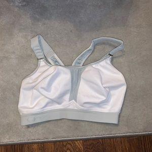 Anita Active sports bra size 34DD/E